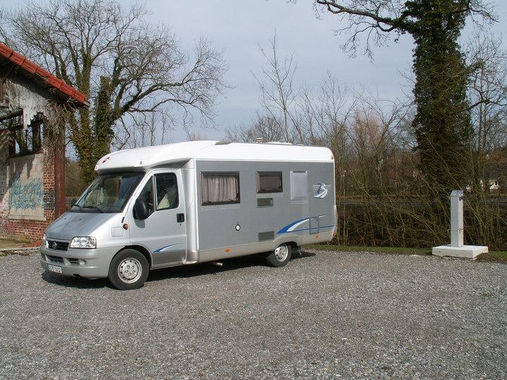 Aire De Camping Car Saint Quentin