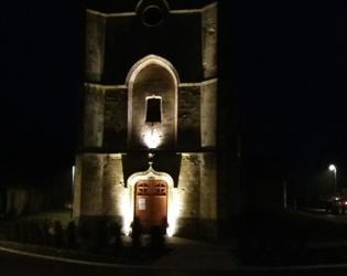 Eglise illuminee de Beaumont