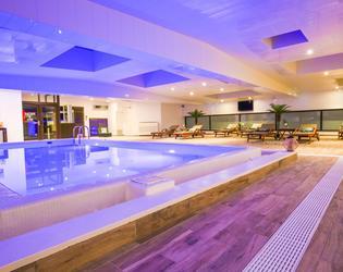 Zenia hotel