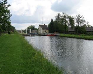 Ors écluse n°2 et promenade le long du canal