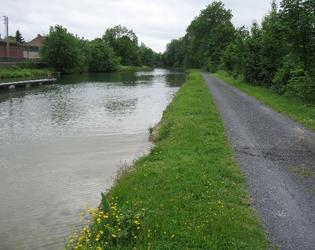 la berge du canal