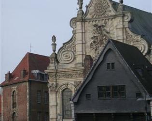 Chapelle  des Jesuites et Maison Espagnole, Cambra