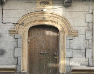 porte N°13 rue Vaucelette