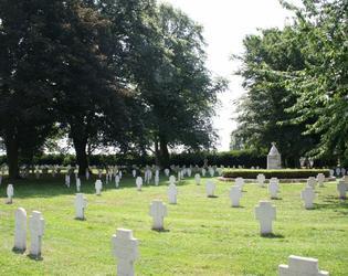 cimetière route de solesmes