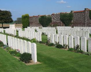 BUSIGNY COMMUNAL CEMETERY EXTENSION_2