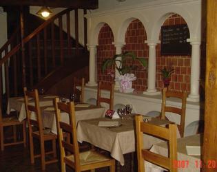 taverne de lutèce : salle rez de chaussée