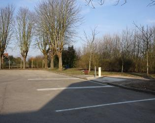aire de camping car Marcoing 003.JPG