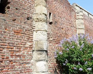 Mur Awoingt ancie monastere