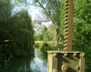 Vue du vannage Moulin Lamour