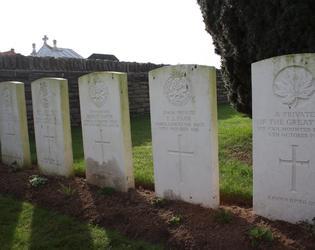 Raillencourt communal cemetery extension