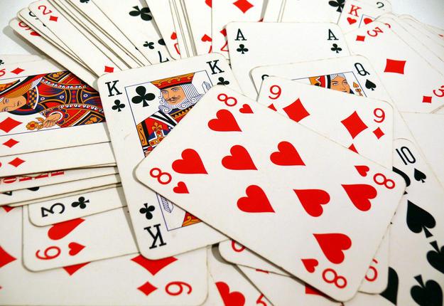 cartes rouges et noires
