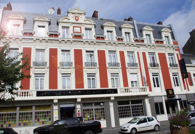 facade MB.jpg