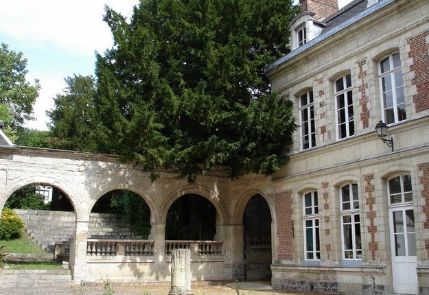 Hôtel de Hercq et théâtre de verdure, Cambrai