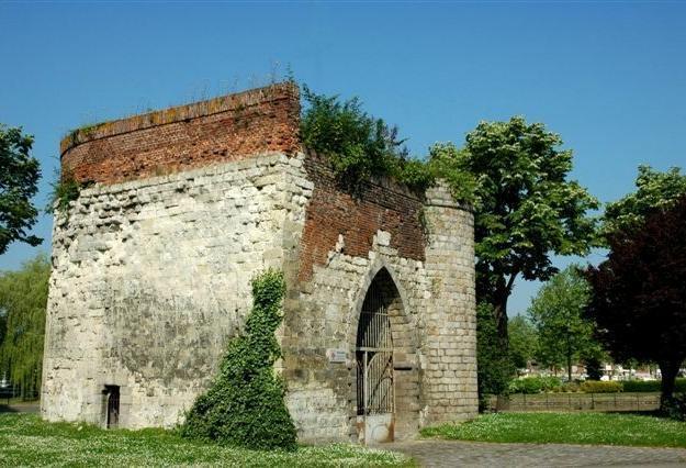 Tour du caudron, Cambrai